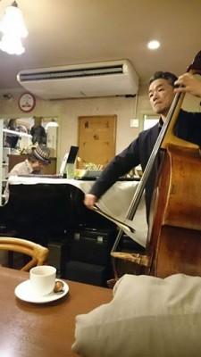 第3週 担当 ピアノ棚畑氏 ベース志村氏
